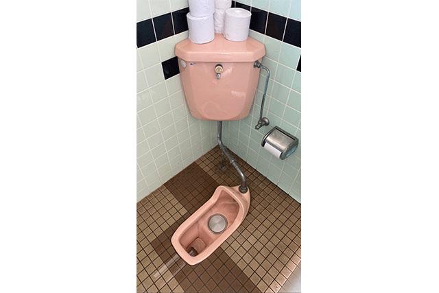 三重県鈴鹿市 某神社 トイレ交換工事